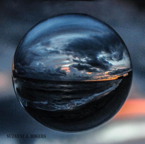 Black sand sunset bubble WM