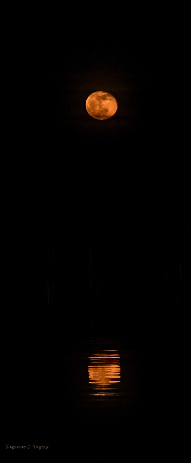 7024 corrected WM Moon reflection (39 of 1)